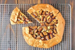 Fig and Brie Galette is  savory freeform tart with fresh figs and creamy brie. Fig and brie galette makes a perfect entertaining appetizer. We're gettin' figgy with it...