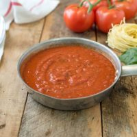 Easy homemade marinara sauce is a recipe that we should all have on hand. If a sauce is this easy to make, there's no need to buy it. Make a big batch and you can keep it in the freezer for months.