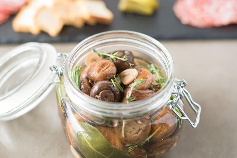 3 Pickled Garlic Recipes