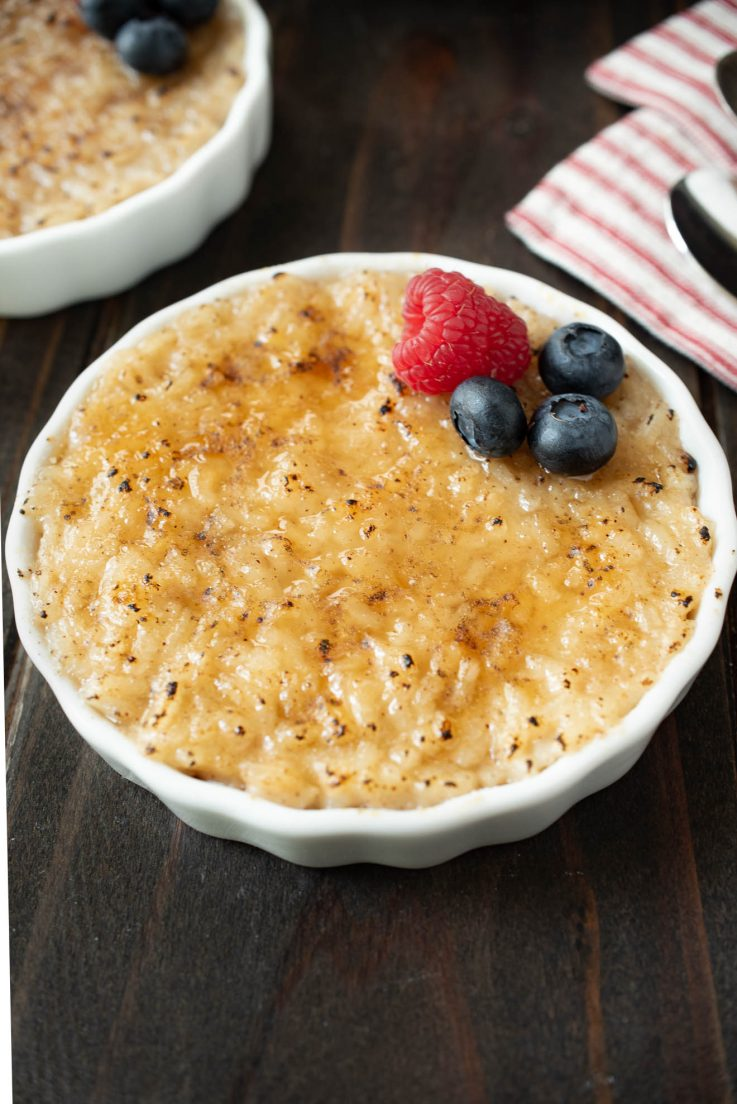 Oat milk rice pudding topped with fruit