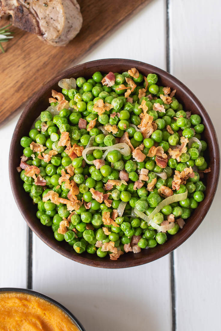 The dish from overhead showing the vibrant green peas